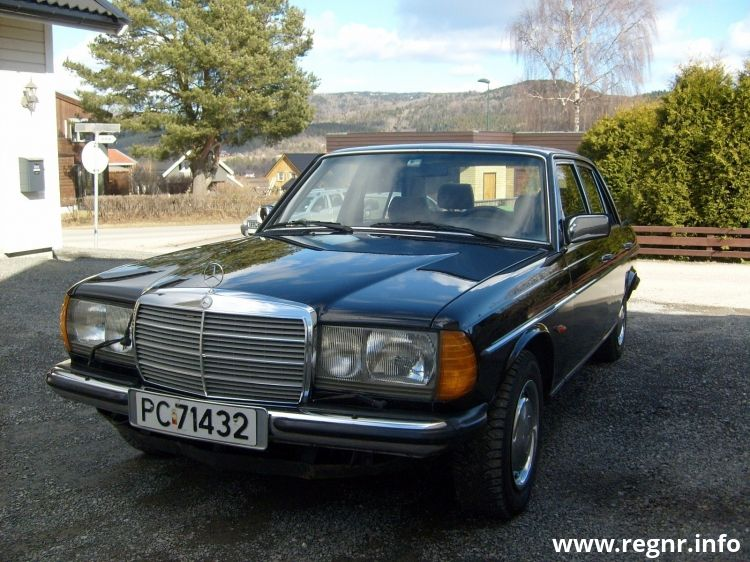 Bilde av PC 71432, en Mercedes-benz 300 D (PC71432)